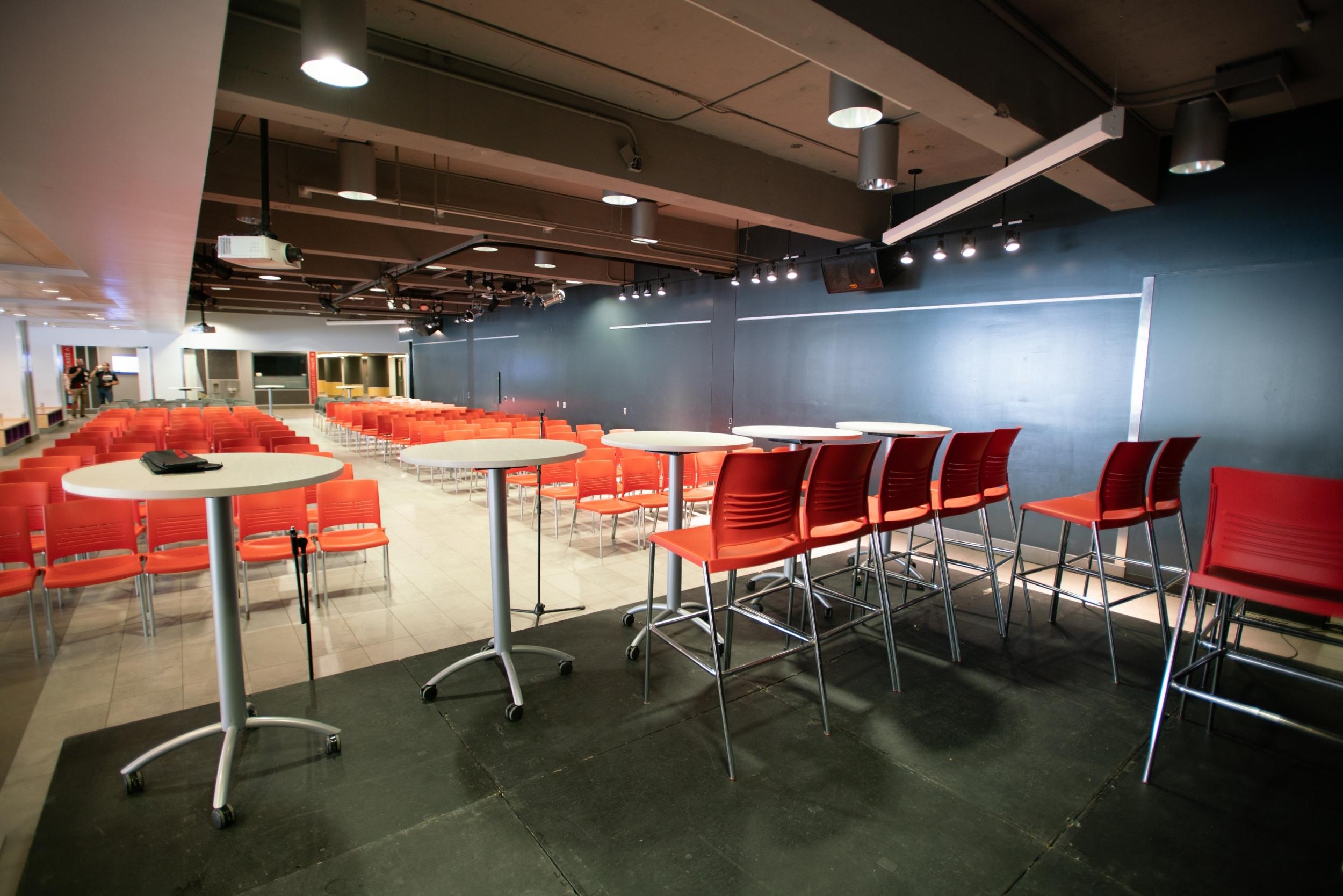 Salle des Pas perdus   Conférence